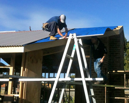 Replace Your Old Tin Roof With Colorbond